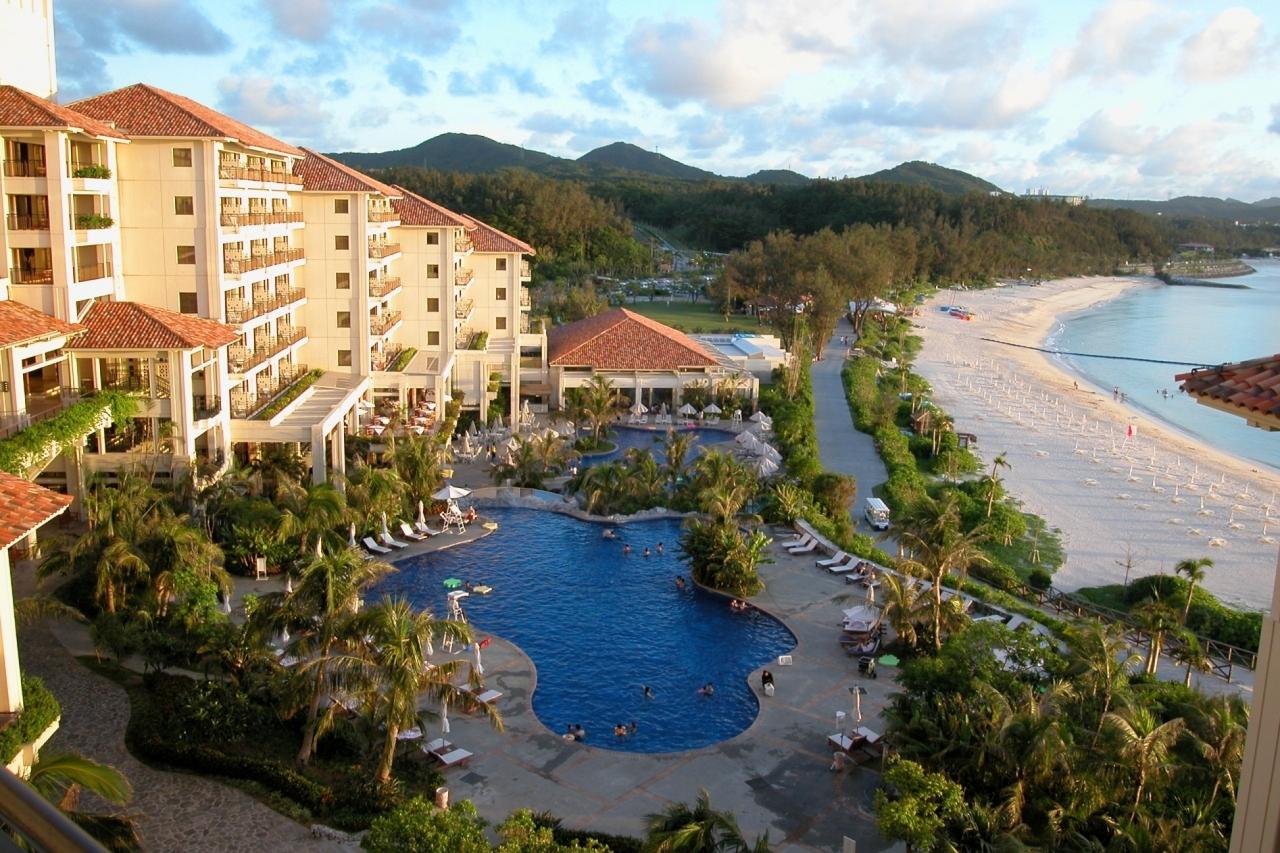 沖縄本島リゾートホテル